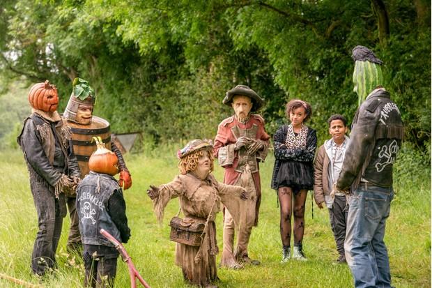 Francesca Mills as Earthy Mangold in Worzel Gummidge
