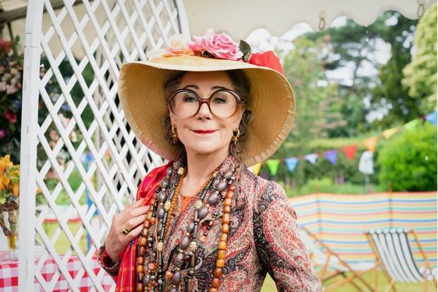 Zoe Wanamaker Zoë Wanamaker plays Lady Bloomsbury Barton