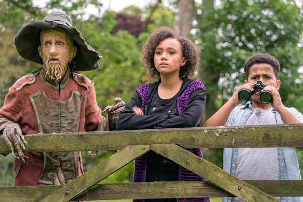 Mackenzie Crook, India Brown and Thierry Wickens in Worzel Gummidge