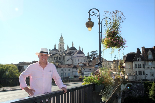 Programme Name: Rick Stein's Secret France - TX: n/a - Episode: n/a (No. 4) - Picture Shows: heads towards South Western France and arrives in the city of Perigueux. Rick Stein - (C) Denham Productions - Photographer: Arezoo Farahzad