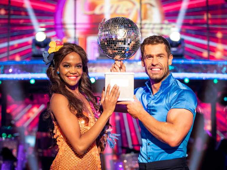 Who are all the Strictly Come Dancing celebrity winners and their professional partners?