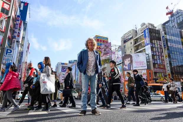 James May walks the streets of Tokyo