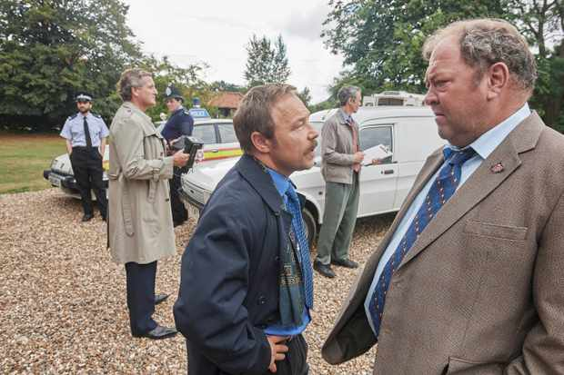 NEW PICTURES PRESENTS FOR ITV  WHITE HOUSE FARM  Pictured:STEPHEN GRAHAM as Taff and MARK ADDY as Stan.  Photographer: STUART WOOD  This photograph must not be syndicated to any other company, publication or website, or permanently archived, without the express written permission of ITV Picture Desk. Full Terms and conditions are available on  www.itv.com/presscentre/itvpictures/terms   For further information please contact: Patrick.smith@itv.com 0207 1573044