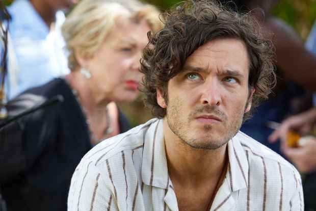 Alexander Vlahos plays Max in Death in Paradise