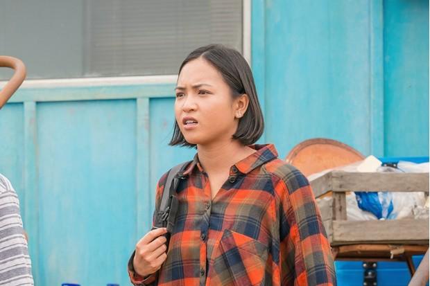 Thapelo Maropefela as Aramu, Molly Harris as Suki Cheng - Doctor Who _ Season 12, Episode 6 - Photo Credit: Ben Blackall/BBC Studios/BBC America