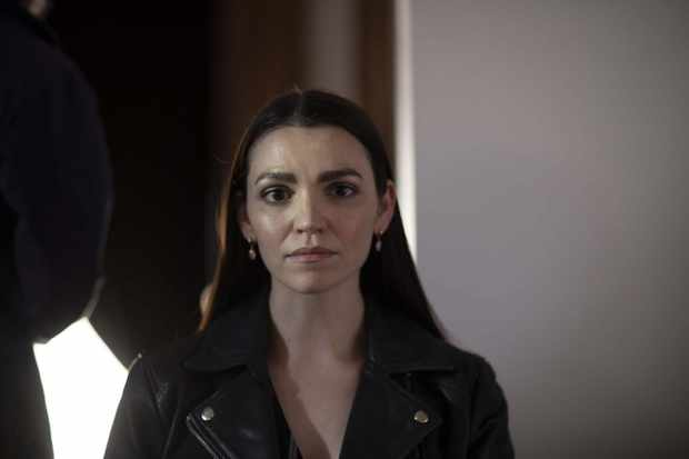 Sasha (Seline Hizli)