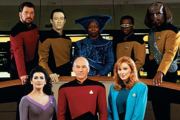 Promotional portrait of the cast of Star Trek: The Next Generation
