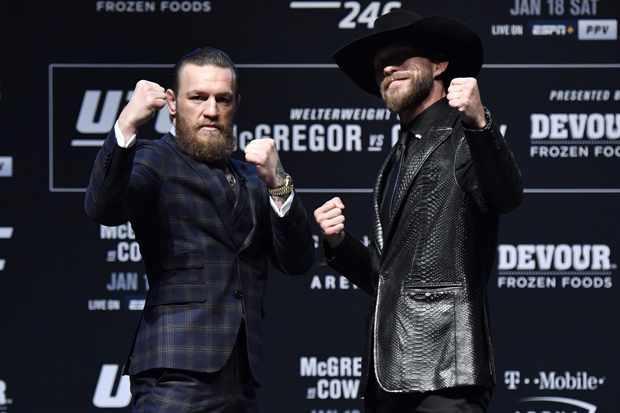 Conor McGregor v Cowboy