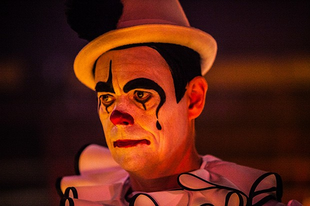 MIDSOMER MURDERS SEND IN THE CLOWNS Pictured: KEVIN ELDON as Terry Bellini. This image is the copyright of ITV and may only be used in relation to MIDSOMER MURDERS.