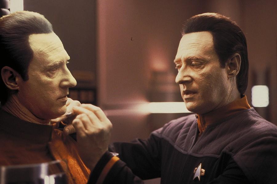 Brent Spiner as Data and B-4 in Star Trek: Nemesis (Paramount, Sky)