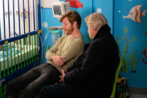 FROM ITV  STRICT EMBARGO - No Use Before Tuesday 21st January 2020  Coronation Street - Ep 9991  Monday 27th January 2020 - 2nd  Ep  With the next 24 hours critical, Daniel Osbourne [ROB MALLARD] screams at his family to leave him alone.   Picture contact - David.crook@itv.com  Photographer - Danielle Baguley  This photograph is (C) ITV Plc and can only be reproduced for editorial purposes directly in connection with the programme or event mentioned above, or ITV plc. Once made available by ITV plc Picture Desk, this photograph can be reproduced once only up until the transmission [TX] date and no reproduction fee will be charged. Any subsequent usage may incur a fee. This photograph must not be manipulated [excluding basic cropping] in a manner which alters the visual appearance of the person photographed deemed detrimental or inappropriate by ITV plc Picture Desk. This photograph must not be syndicated to any other company, publication or website, or permanently archived, without the express written permission of ITV Picture Desk. Full Terms and conditions are available on  www.itv.com/presscentre/itvpictures/terms