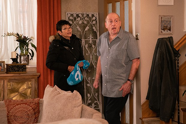 FROM ITV  STRICT EMBARGO -  No Use Before Tuesday 7th January 2020  Coronation Street - Ep 9979  Monday 13th January 2020 - 2nd Ep  As Geoff Metcalfe [IAN BARTHOLOMEW]and Yasmeen Nazir [SHELLEY KING] row about her cleaning efforts a tussle ensues over the vacuum and Geoff falls and hits his face on a table. Mortified, Yasmeen goes to fetch some ice. When Cathy Matthews [MELANIE HILL] returns to collect her bag, Geoff is unaware and launches into another tirade of abuse. Grabbing her bag, a shocked Cathy hurries out.   Picture contact - David.crook@itv.com  Photographer - Danielle Baguley  This photograph is (C) ITV Plc and can only be reproduced for editorial purposes directly in connection with the programme or event mentioned above, or ITV plc. Once made available by ITV plc Picture Desk, this photograph can be reproduced once only up until the transmission [TX] date and no reproduction fee will be charged. Any subsequent usage may incur a fee. This photograph must not be manipulated [excluding basic cropping] in a manner which alters the visual appearance of the person photographed deemed detrimental or inappropriate by ITV plc Picture Desk. This photograph must not be syndicated to any other company, publication or website, or permanently archived, without the express written permission of ITV Picture Desk. Full Terms and conditions are available on  www.itv.com/presscentre/itvpictures/terms