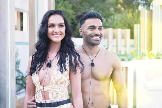 Love Island - Siannise and Nas (ITV)