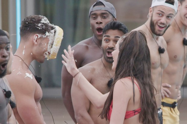 The Love Island contestants played a game of Snog, Marry, Pie (©ITV)