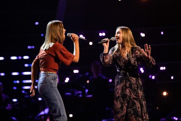 Aoife & Katie The Voice UK ©ITV