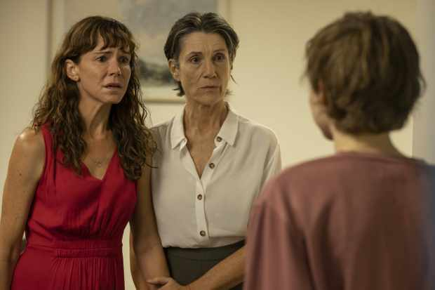 Frances O'Connor and Harriet Walter in The End
