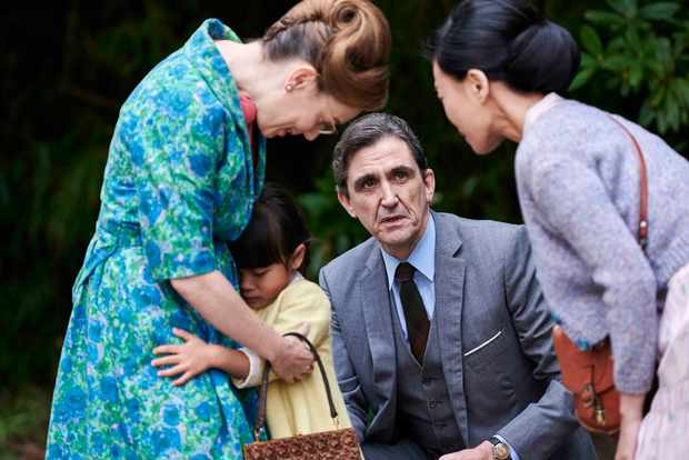 Stephen McGann and Laura Main in Call the Midwife
