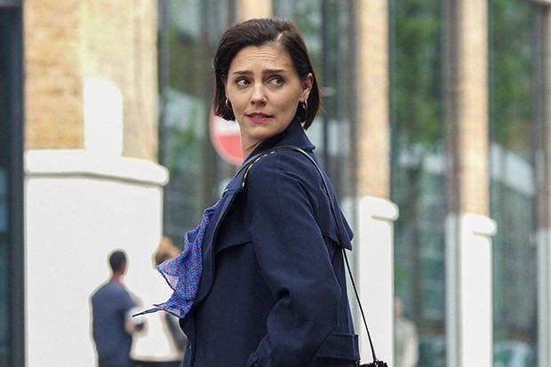 Annabel Scholey incarne Nina dans The Split