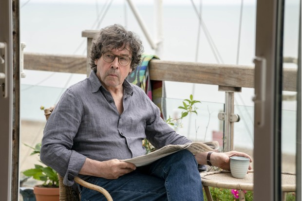 SILVERPRINT PICTURES PRESENTS FOR ITV FLESH AND BLOOD EPISODE 1 Pictured: STEPHEN REA as Mark. This photograph must not be syndicated to any other company, publication or website, or permanently archived, without the express written permission of ITV Picture Desk. Full Terms and conditions are available on www.itv.com/presscentre/itvpictures/terms For further information please contact: Patrick.smith@itv.com 0207 1573044