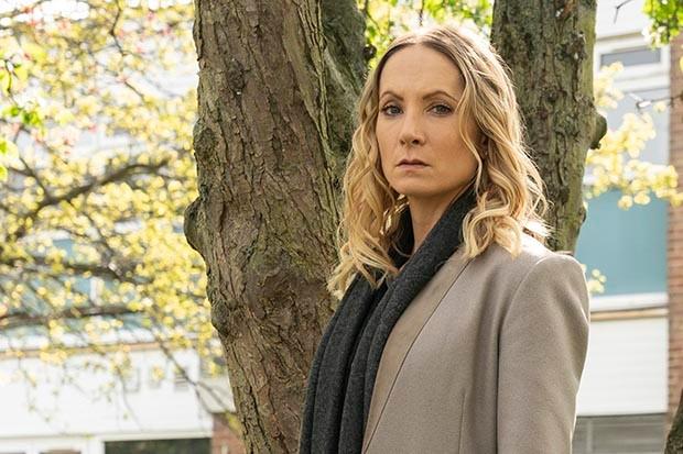 Joanne Froggatt plays Laura Nielson in Liar