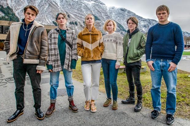 The cast of Ragnarok (Netflix)
