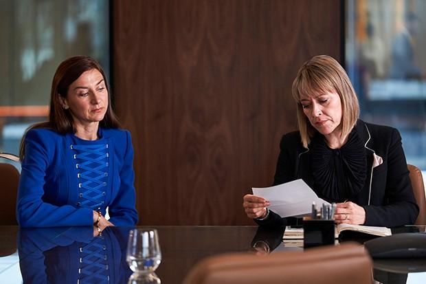 Susannah Wise joue Helen Parker dans The Split