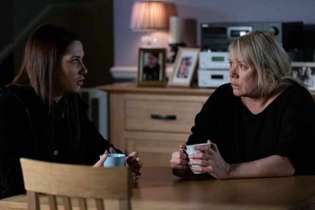 eastenders sharon mitchell dotty cotton