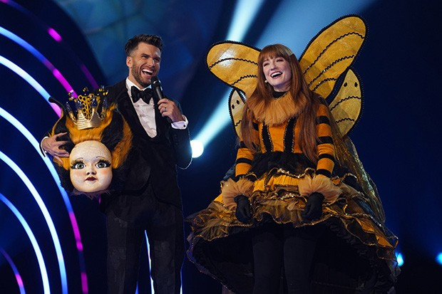 From Bandicoot TV  The Masked Singer: Ep8 on ITV  Pictured: Joel Dommett and Nicola Roberts.  This photograph is (C) Bandicoot TV and can only be reproduced for editorial purposes directly in connection with the programme or event mentioned above, or ITV plc. Once made available by ITV plc Picture Desk, this photograph can be reproduced once only up until the transmission [TX] date and no reproduction fee will be charged. Any subsequent usage may incur a fee. This photograph must not be manipulated [excluding basic cropping] in a manner which alters the visual appearance of the person photographed deemed detrimental or inappropriate by ITV plc Picture Desk.  This photograph must not be syndicated to any other company, publication or website, or permanently archived, without the express written permission of ITV Picture Desk. Full Terms and conditions are available on the website www.itv.com/presscentre/itvpictures/terms  For further information please contact: james.hilder@itv.com / 0207 157 3052