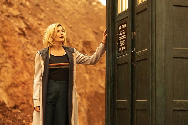 Jodie Whittaker as The Doctor - Doctor Who _ Season 12, Episode 10 - Photo Credit: James Pardon/BBC Studios/BBC America