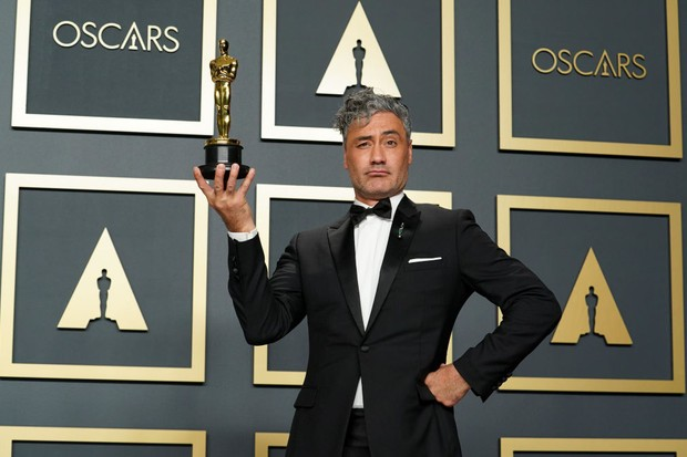"HOLLYWOOD, CALIFORNIA - FEBRUARY 09: Taika Waititi, winner of Best Adapted Screenplay for ""Jojo Rabbit,"" poses in the press room during the 92nd Annual Academy Awards at Hollywood and Highland on February 09, 2020 in Hollywood, California. (Photo by Rachel Luna/Getty Images)"