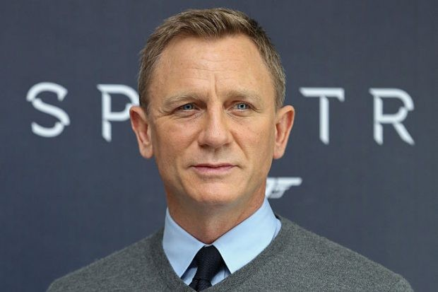 "MEXICO CITY, MEXICO - NOVEMBER 01:  Actor Daniel Craig attends a photo call to promote the new film ""Spectre"" on November 1, 2015 in Mexico City, Mexico.  (Photo by Victor Chavez/WireImage)"