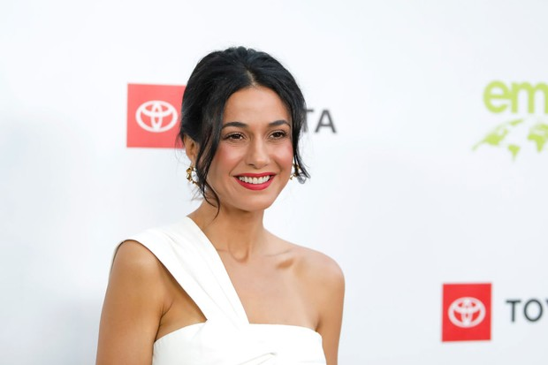 PACIFIC PALISADES, CALIFORNIA - SEPTEMBER 28: Emmanuelle Chriqui attends the 2nd annual Environmental Media Association (EMA) honors benefit gala at Private Estate on September 28, 2019 in Pacific Palisades, California. (Photo by Tibrina Hobson/Getty Images)