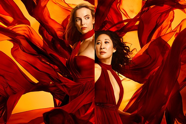 Programme Name: Killing Eve Series 3 - TX: 13/04/2020 - Episode: Killing Eve S3 Generics (No. n/a) - Picture Shows:  Eve (SANDRA OH), Villanelle (JODIE COMER) - (C) Sid Gentle/BBC America - Photographer: -