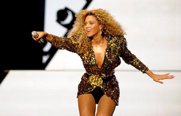 Beyonce headlining Glastonbury 2011 (Credit: Getty Images)