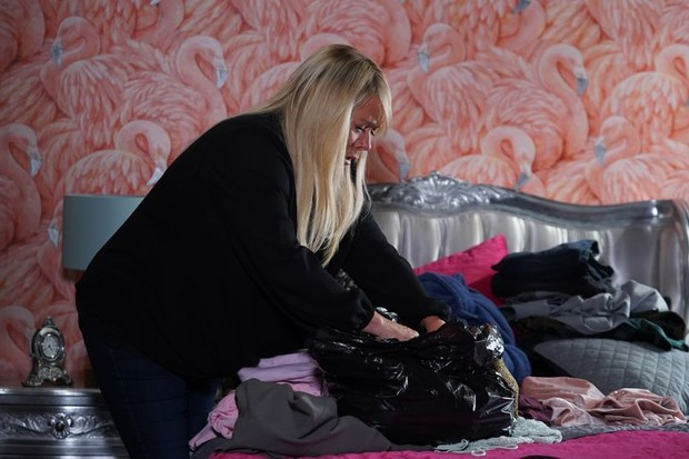 eastenders sharon return