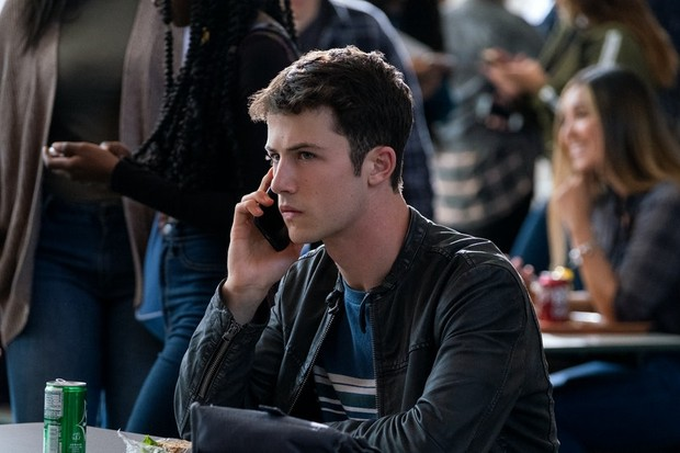 Photo of Who keeps calling Clay? The 13 Reasons Why mystery revealed | Radio Times