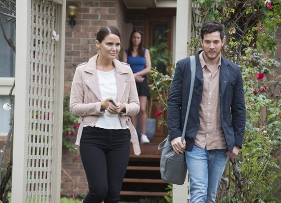elly leaves neighbours