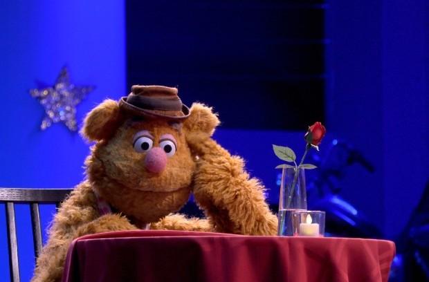 Fozzie Bear in Muppets Now on Disney Plus