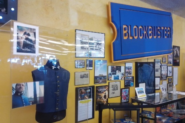 Last Blockbuster Store Turns Into Oregon Airbnb For Special