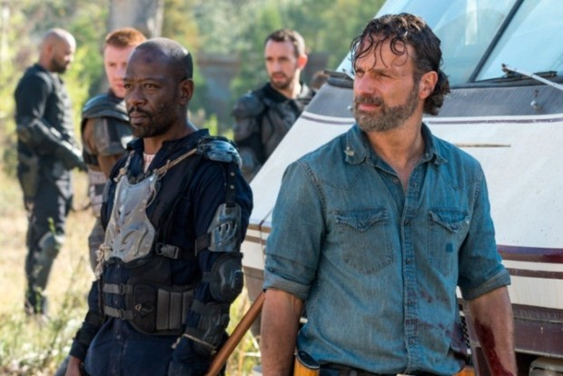 The Walking Dead: Morgan (Lennie James) and Rick (Andrew Lincoln)