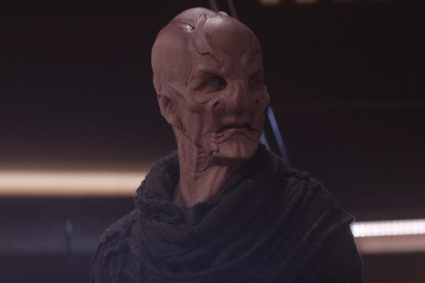 Doug Jones plays Saru on Star Trek: Discovery