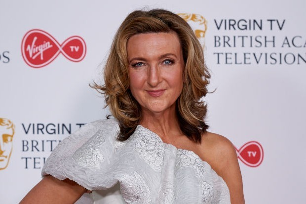 Victoria Derbyshire Apologises After Saying She Will Break Rule Of Six Radio Times
