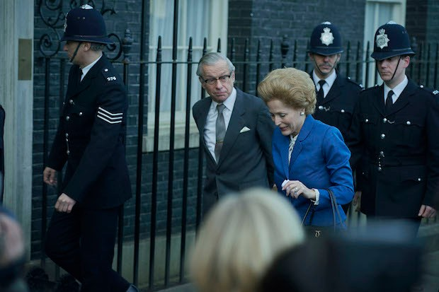 Denis Thatcher and Margaret Thatcher in The Crown