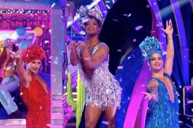 "Strictly fans are obsessed with this week's ""iconic"" professional routine: ""Best opening ever"""