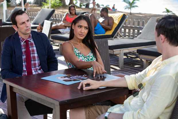 Death in Paradise ep 7 cast