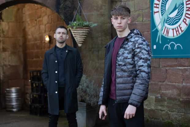 hollyoaks sid sumner victor brothers
