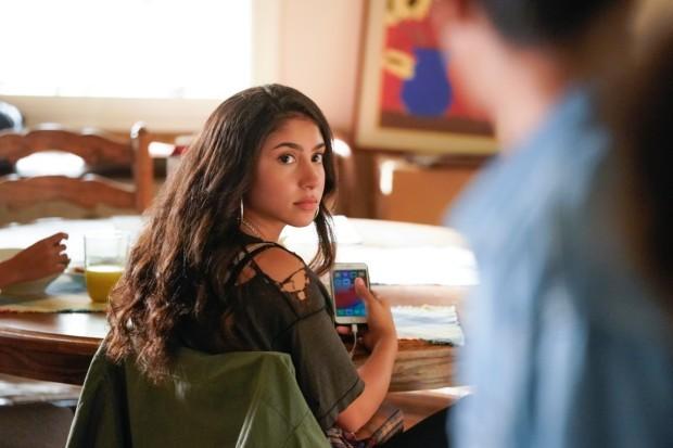 Love, Victor - Pilar Salazar