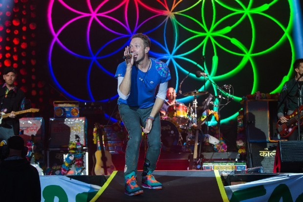 Coldplay perform at Glastonbury