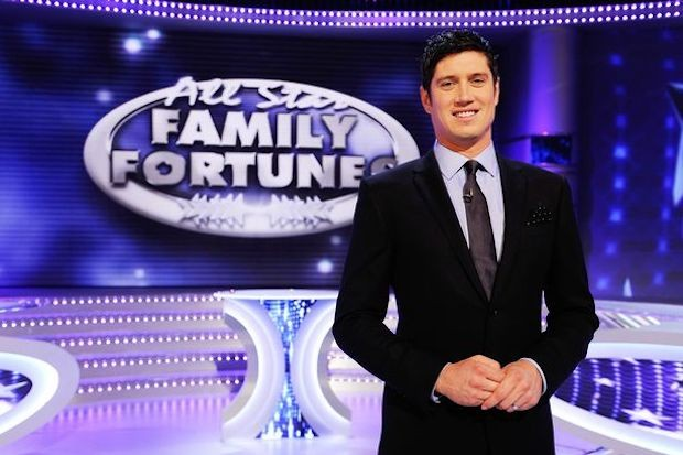 Vernon Kay on All Star Family Fortunes