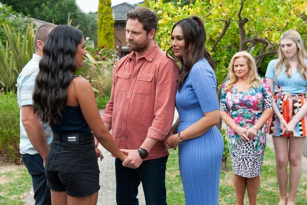 neighbours rebecchi exit